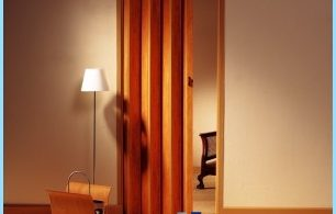 Cómo instalar puertas plegables con sus manos