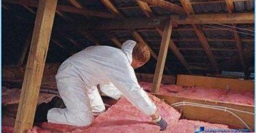 ¿Cómo aislar un techo del ático con las manos