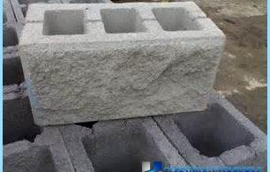 bloques de cemento con sus propias manos en el hogar