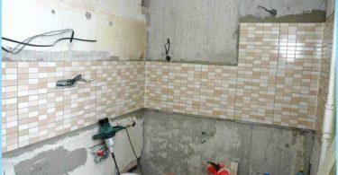 La disposición de cableado en el baño