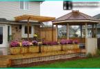 Un cuadro de jardín de plantas perennes con sus manos: Fabricación de camas de flores perennes